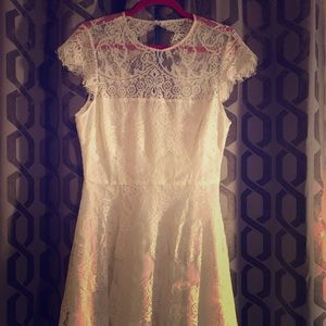 BB Dakota white lace dress
